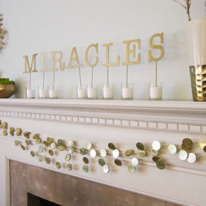 How to Make a DIY Garland with Gold Gelt