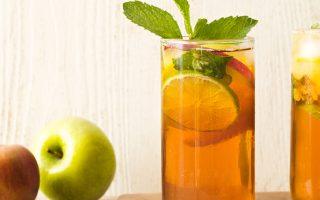 Sparkling Apple-Peach Mojito Mocktail Recipe