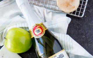 Martinelli's Apple Glazed Shortbread Cookies