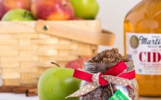 DIY Spiced Apple Cider Sugar Scrub