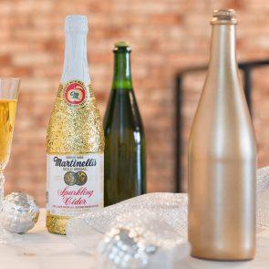 DIY Party Decor or Gift: Endlessly Sparkling Bottles
