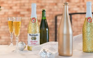 DIY Party Decor or Gift: Endlessly Sparkling Bottles
